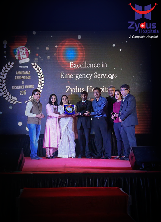Zydus Hospitals accredited with an award #towards excellence in Emergency Services by MY FM Ahmedabad at the #Entrepreneur and Excellence Awards 2017.  #Excellence #Awards #ZydusCares #ZydusHospitals #Ahmedabad